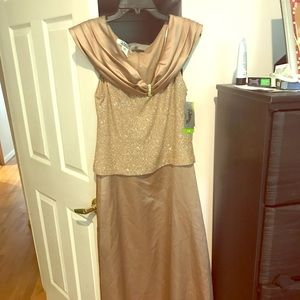 Dresses & Skirts - Fancy dress NWT taupe colored size 14